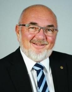 PDG Hansruedi Moser  hansruedi.moser@rotary1990.ch